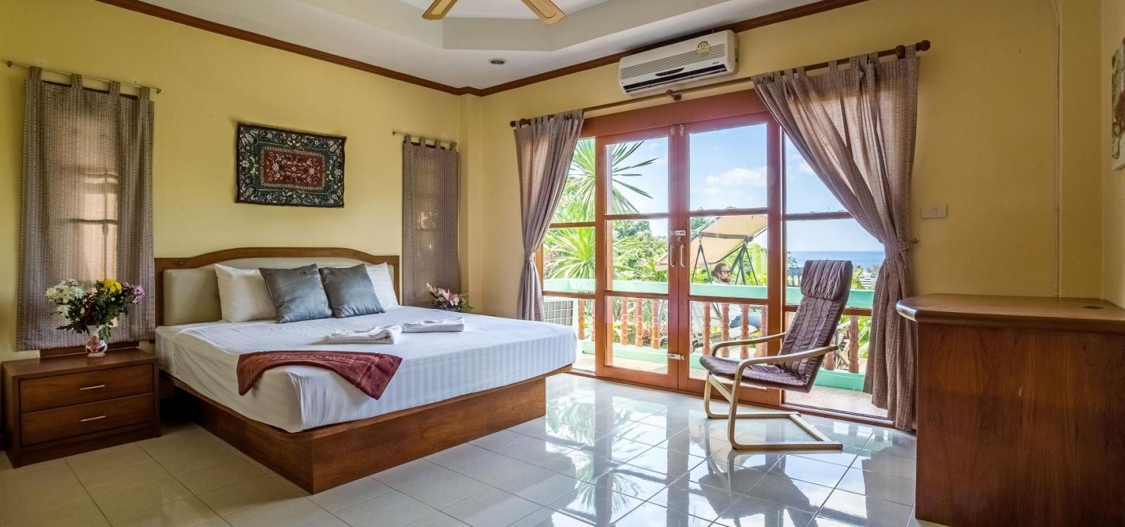 Vista Villa 1 - Seaview private pool villa in Patong for 9 people!