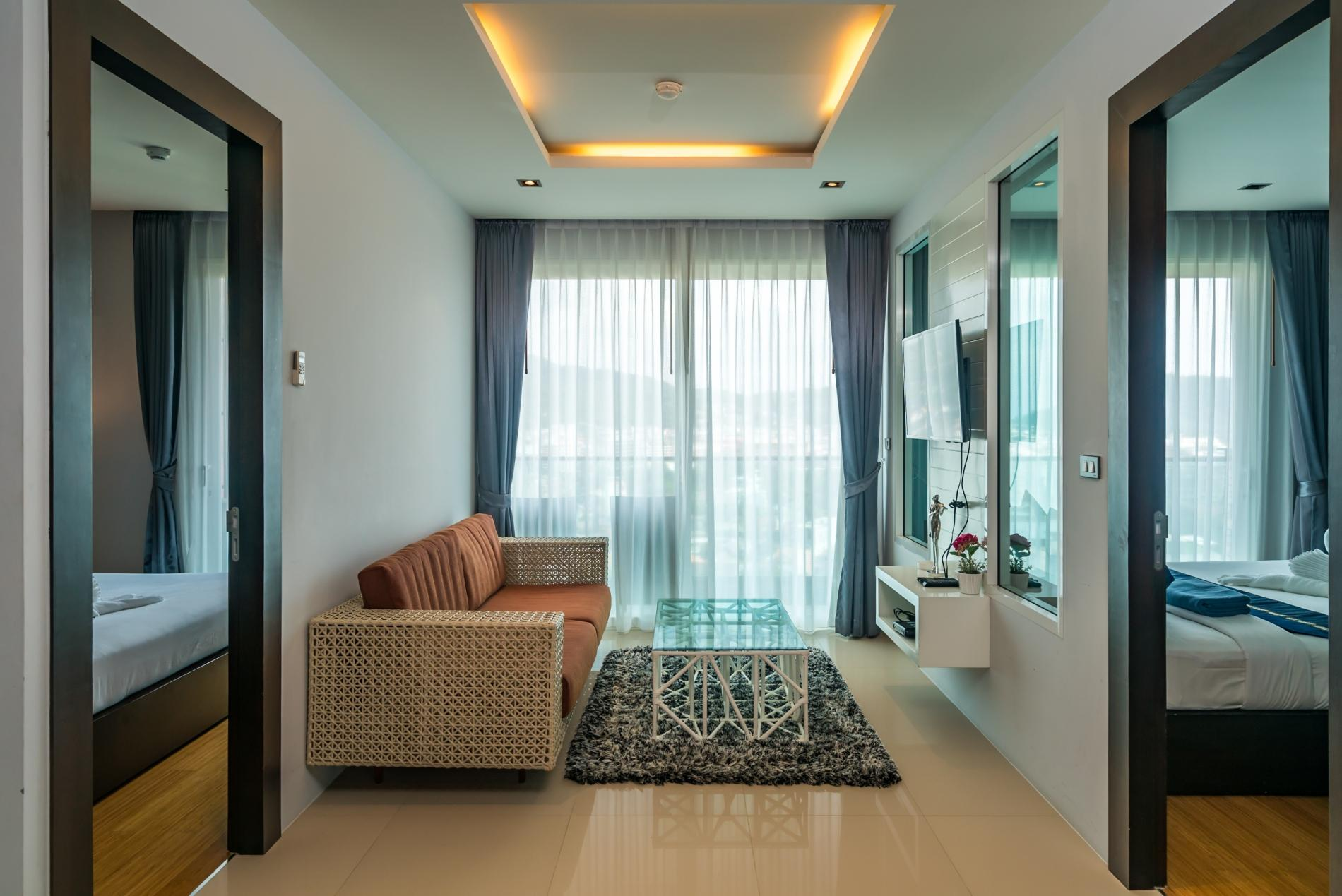 Apartment ET703 - Patong great condo for 4 people  open view  pool and gym photo 19414994