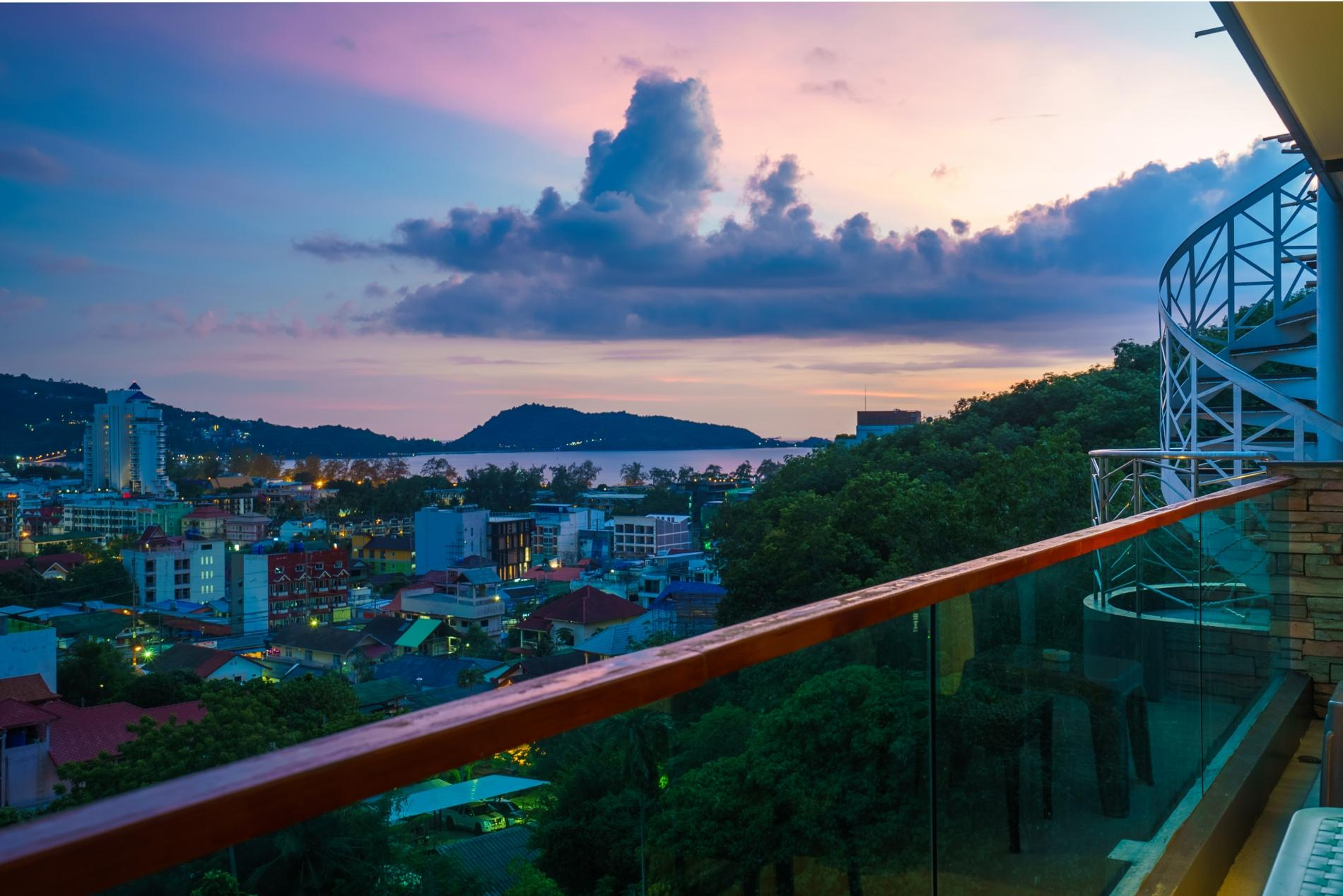 Apartment ET703 - Patong great condo for 4 people  open view  pool and gym photo 16833889