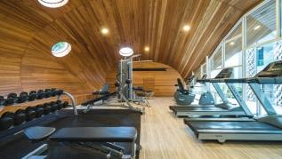 ET307 - Patong studio for 2 with pool and gym!