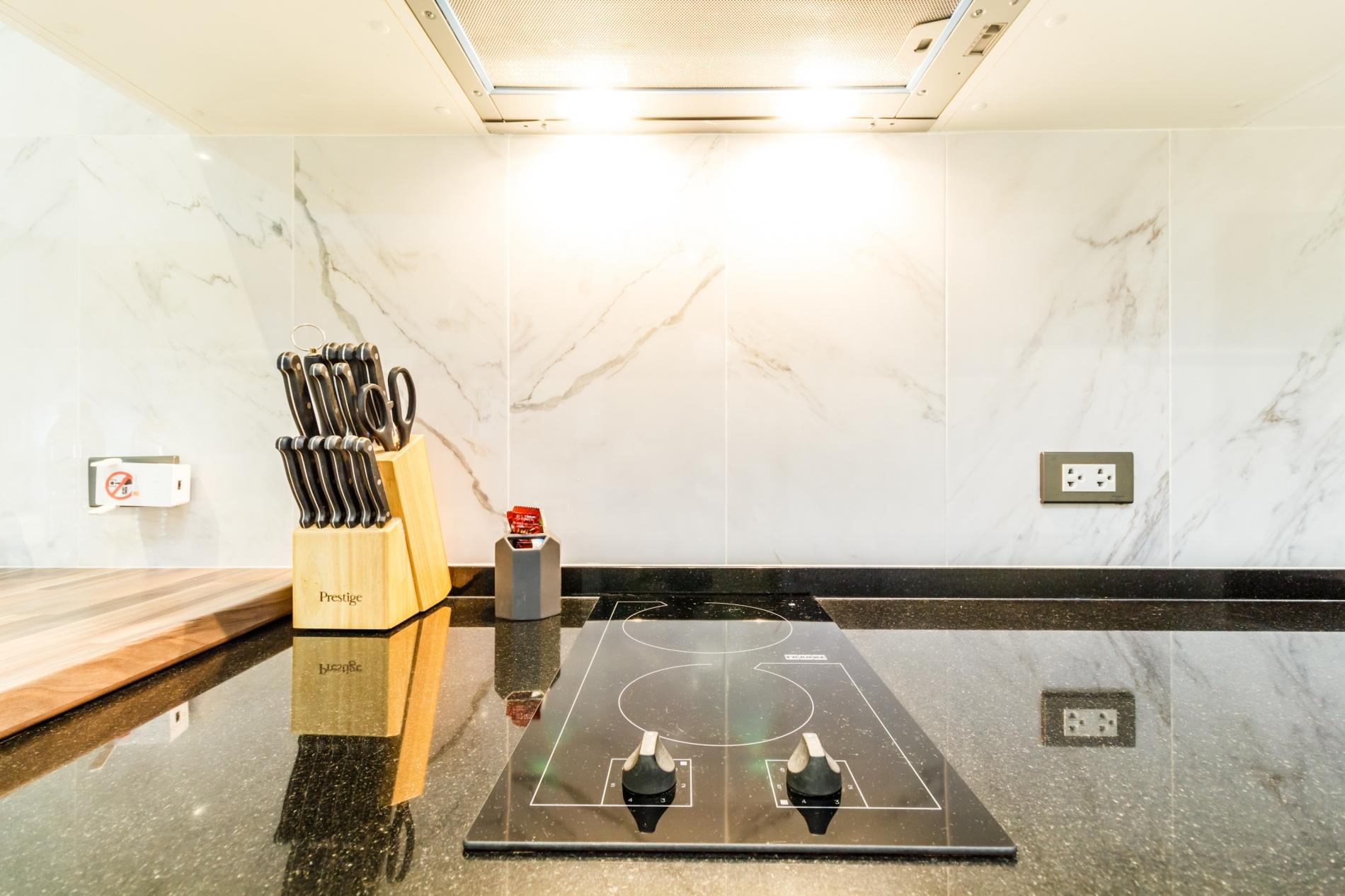 ET307 - Patong studio for 2 with pool and gym! photo 18545418