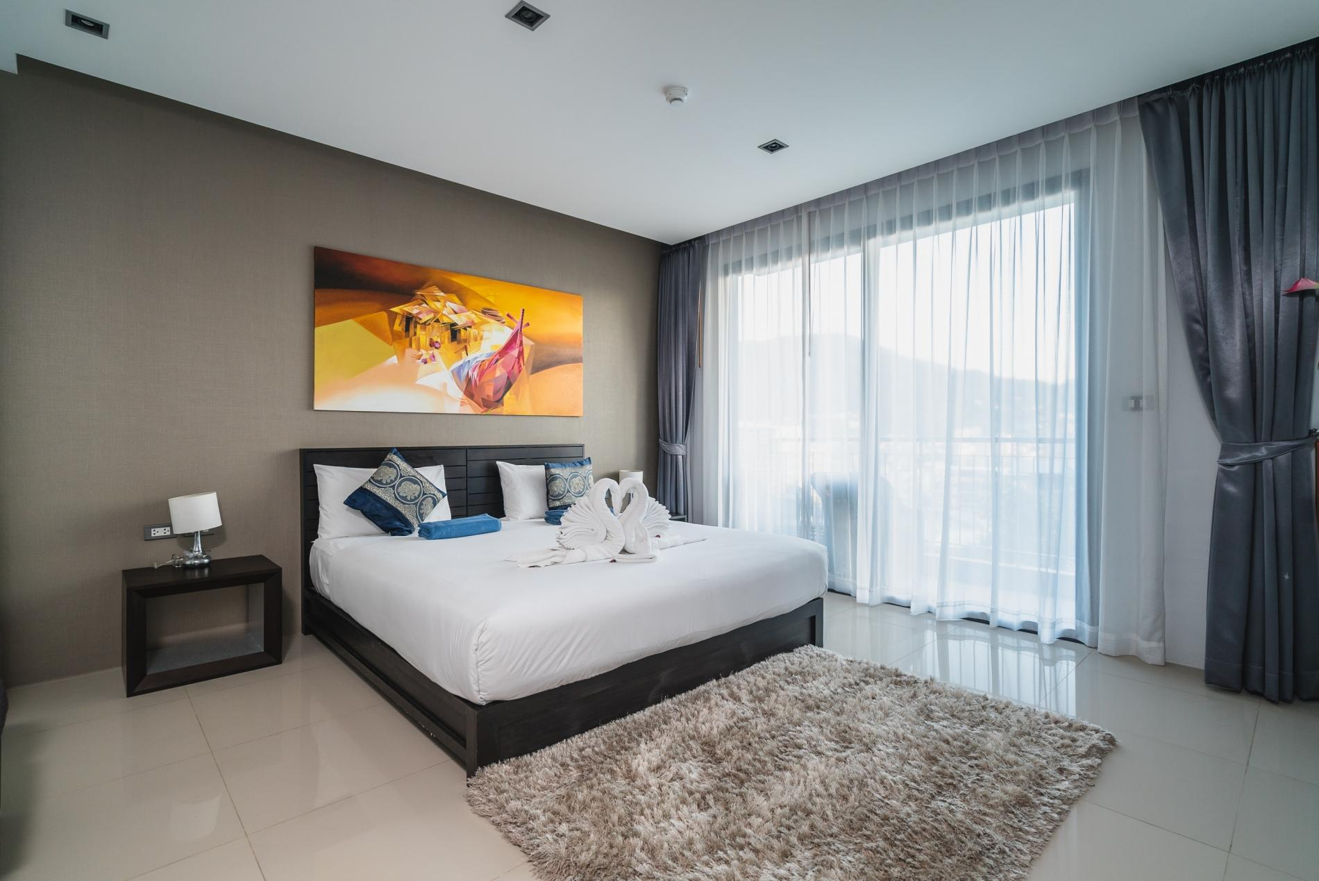 ET307 - Patong studio for 2 with pool and gym! photo 18545414
