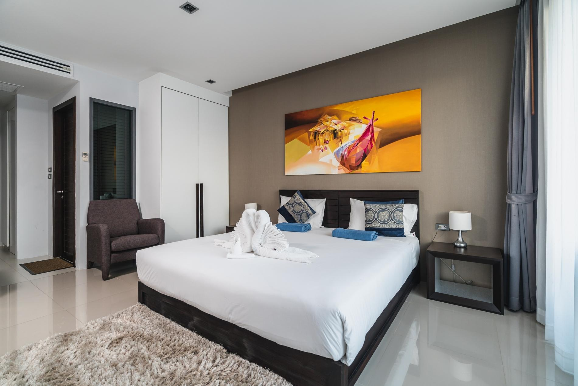ET307 - Patong studio for 2 with pool and gym! photo 18026428
