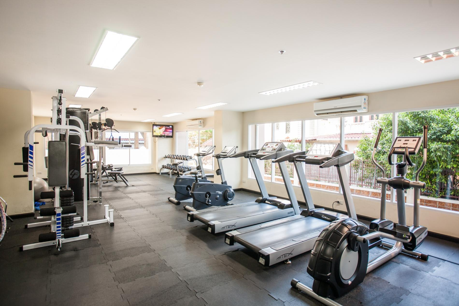 PV60 - 1 bedroom apartment in the best Patong location, with pool & gym! photo 13763879