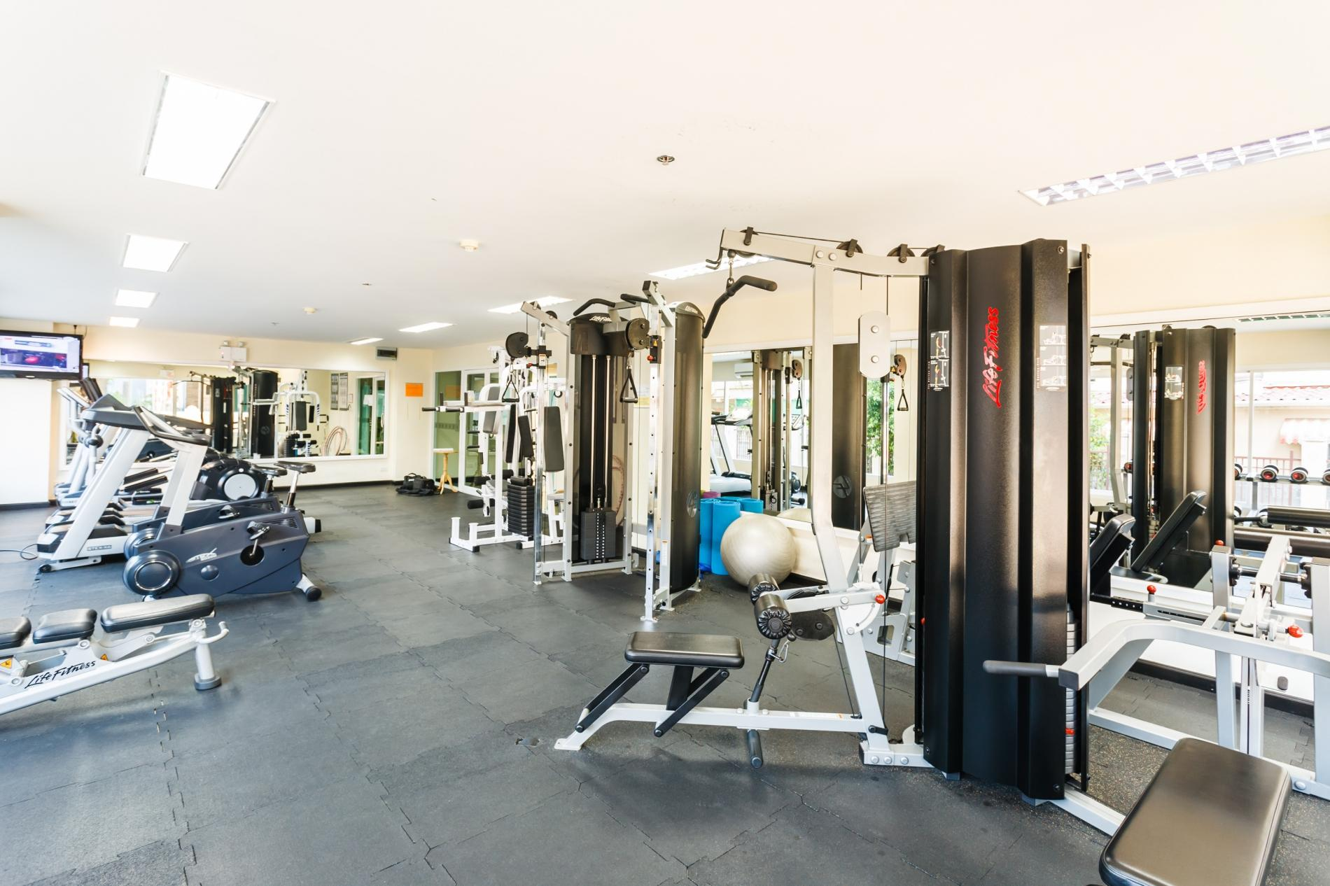PV60 - 1 bedroom apartment in the best Patong location, with pool & gym! photo 15929112