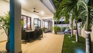 The White House - Kamala modern private pool villa