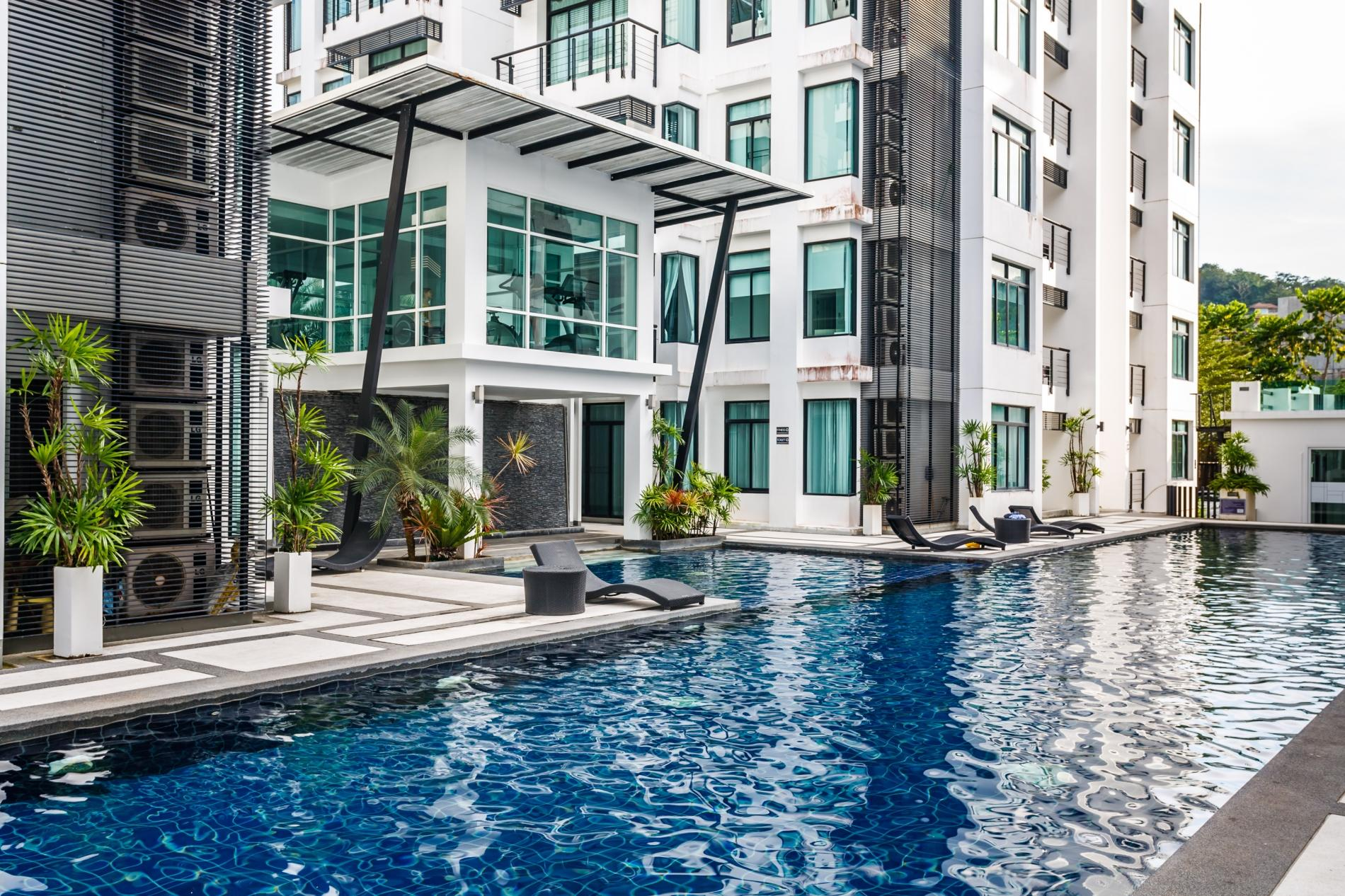 Apartment Kamala Regent C403 - High floor 3 bdr apartment with pool and gym photo 19091826