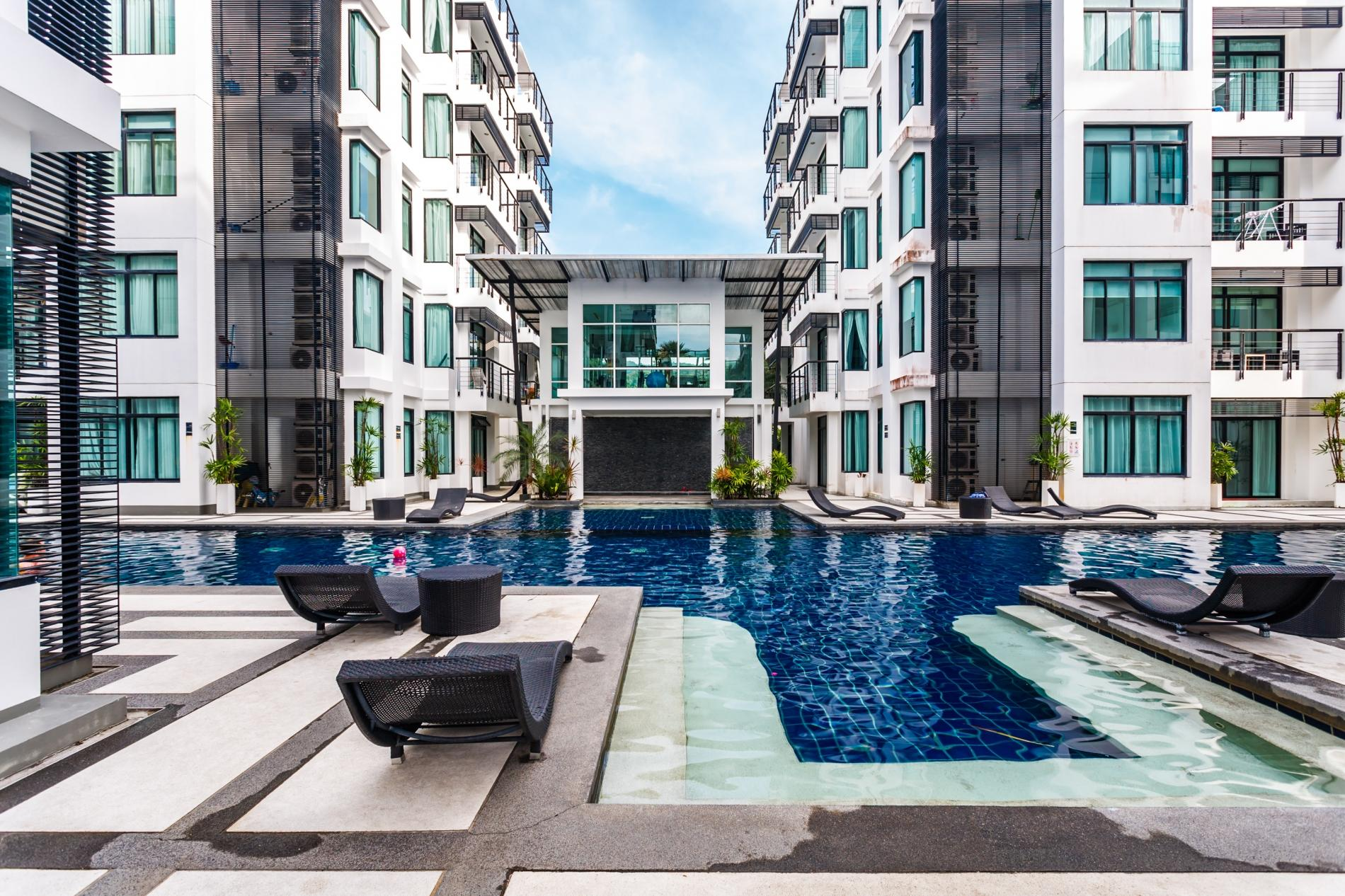 Apartment Kamala Regent C403 - High floor 3 bdr apartment with pool and gym photo 19214027