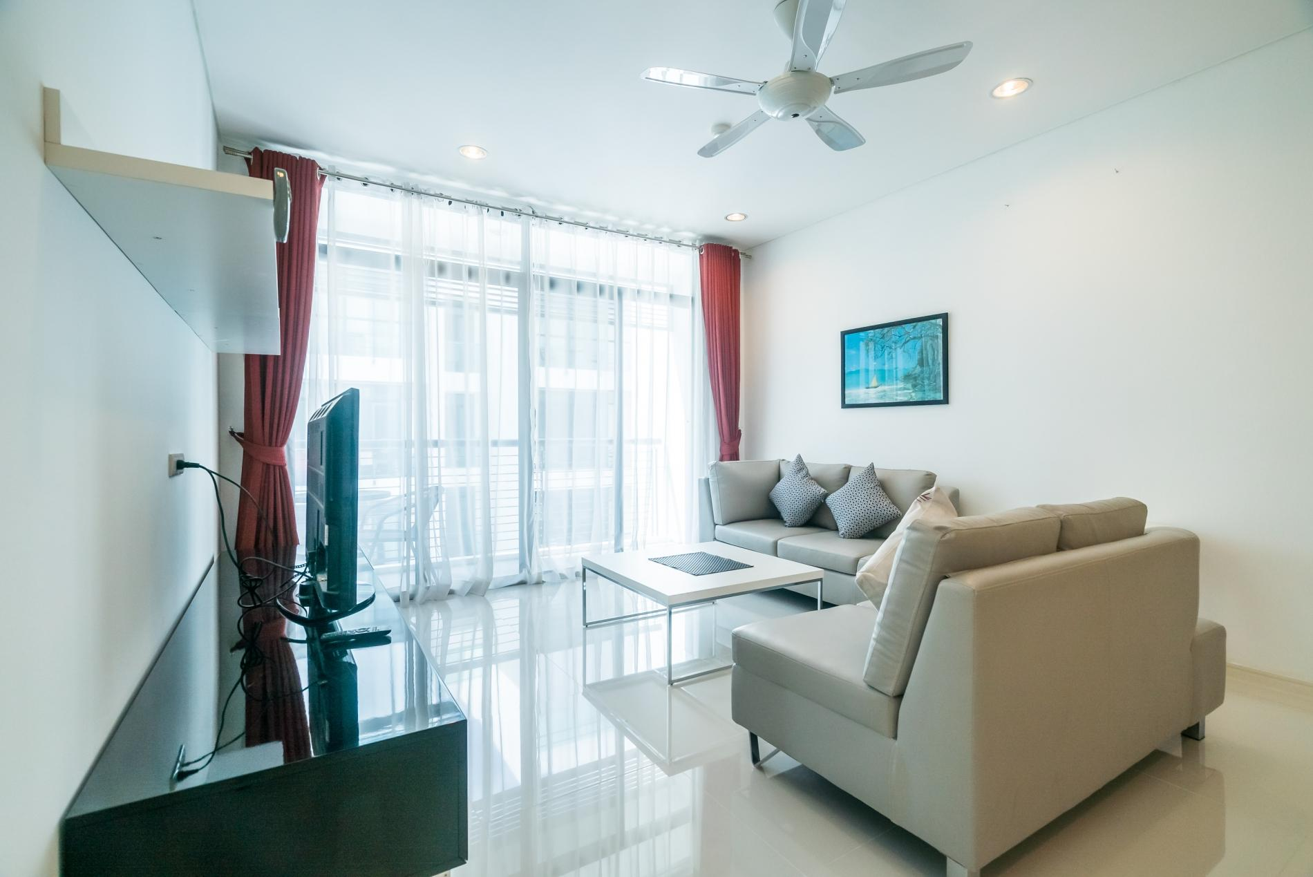 Kamala Regent C403 - High floor 3 bdr apartment with pool and gym photo 18985957