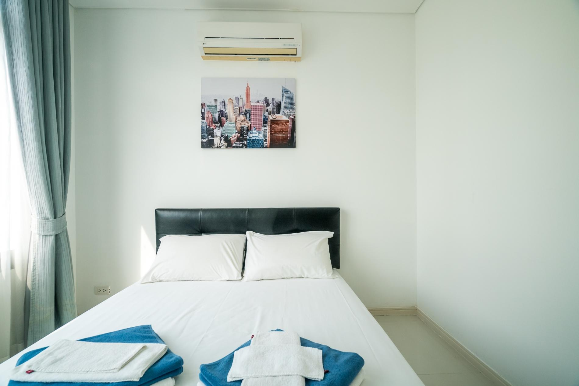 Apartment Kamala Regent C403 - High floor 3 bdr apartment with pool and gym photo 19227012
