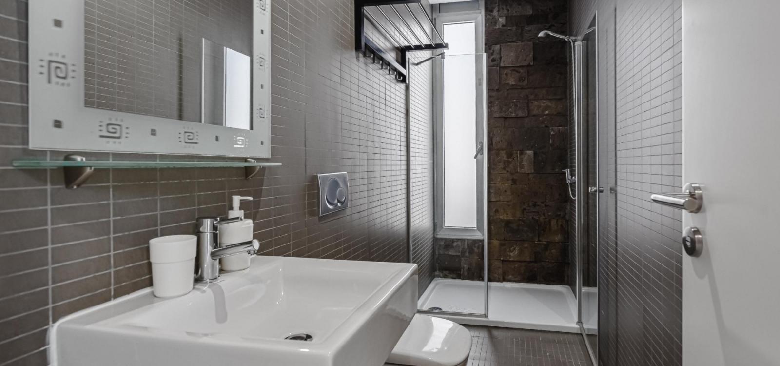 Lux Villa 20 (with 5 Bedrooms, 4 Bathrooms)