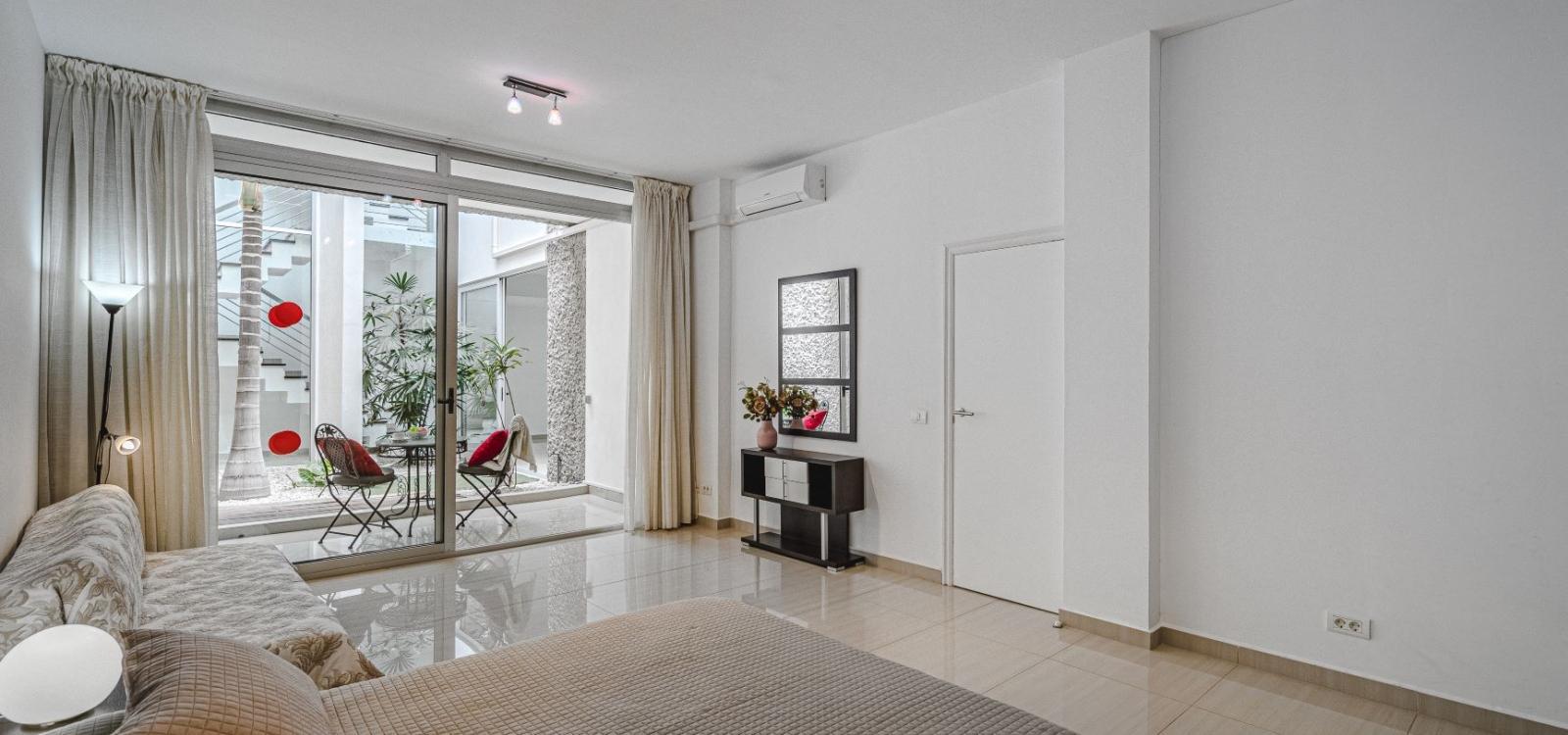 Lux Villa 30 (with 5 Bedrooms, 4 Bathrooms)
