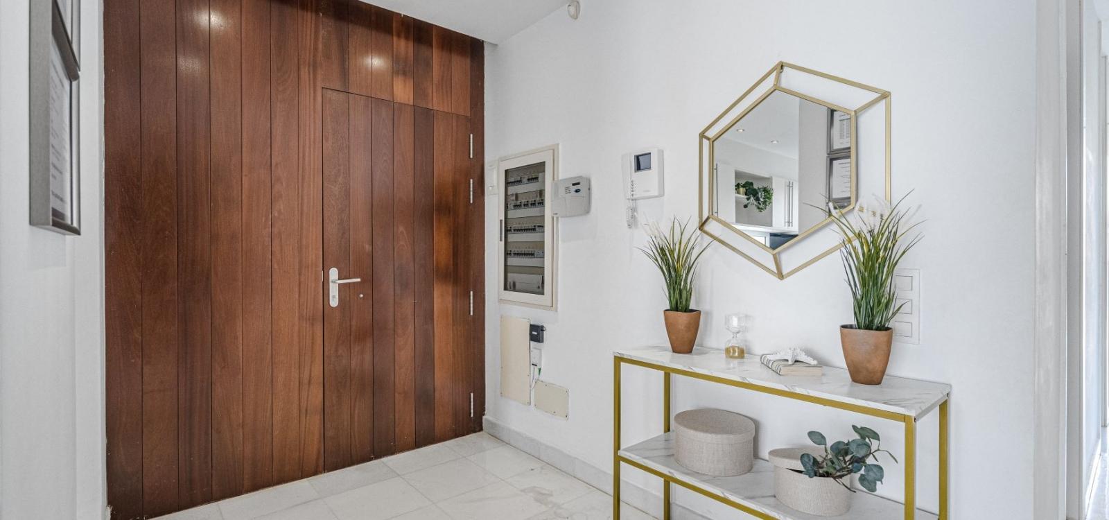 Lux Villa 29 (with 6 Bedrooms, 4 Bathrooms)