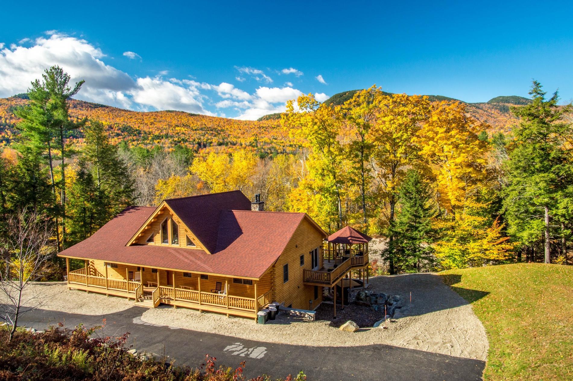Rediker Retreat- Authentic Riverfront Luxury Log Home
