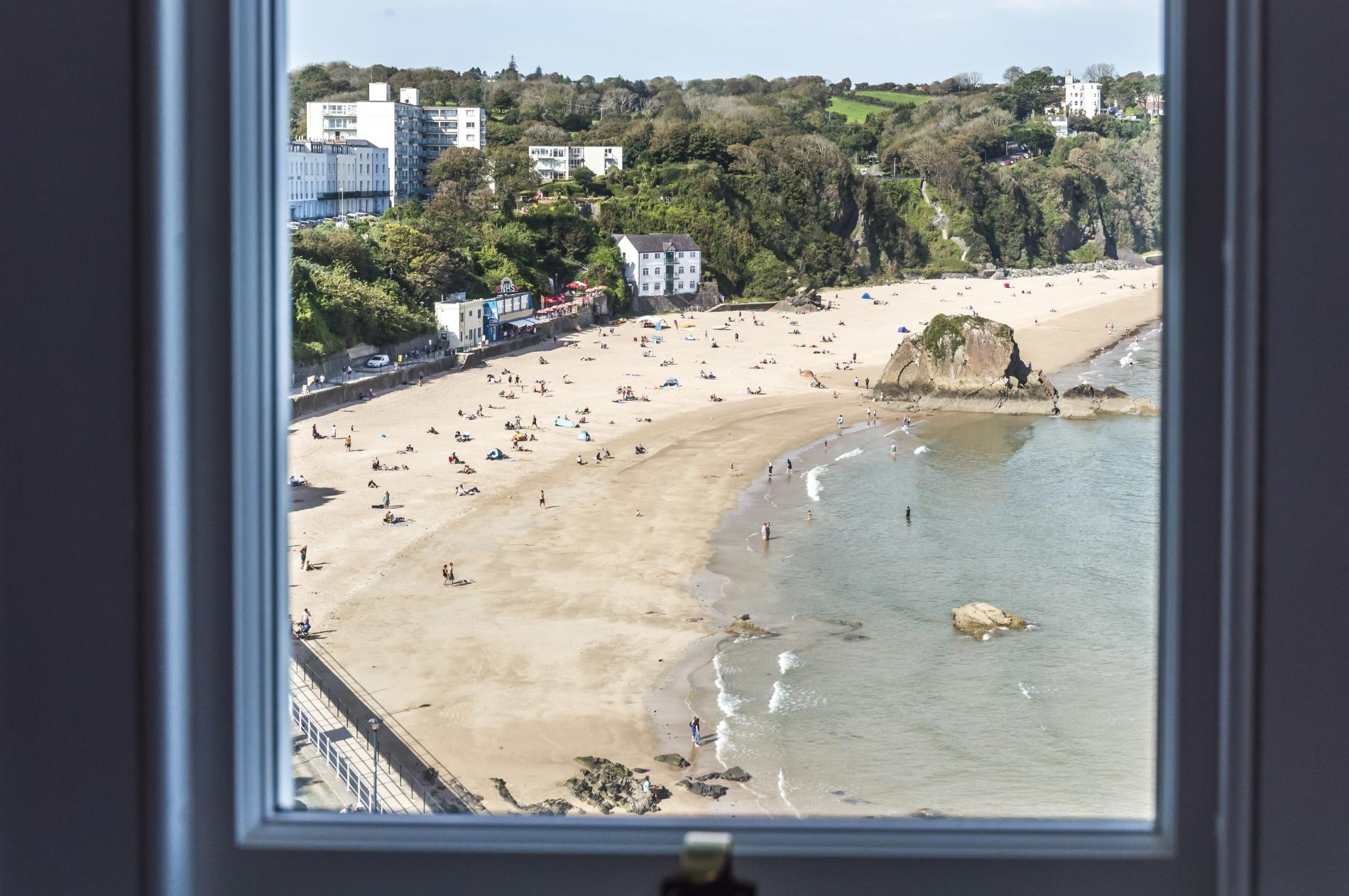 Fisherman's Catch - Two Bedroom Luxury Apartment - Tenby 2