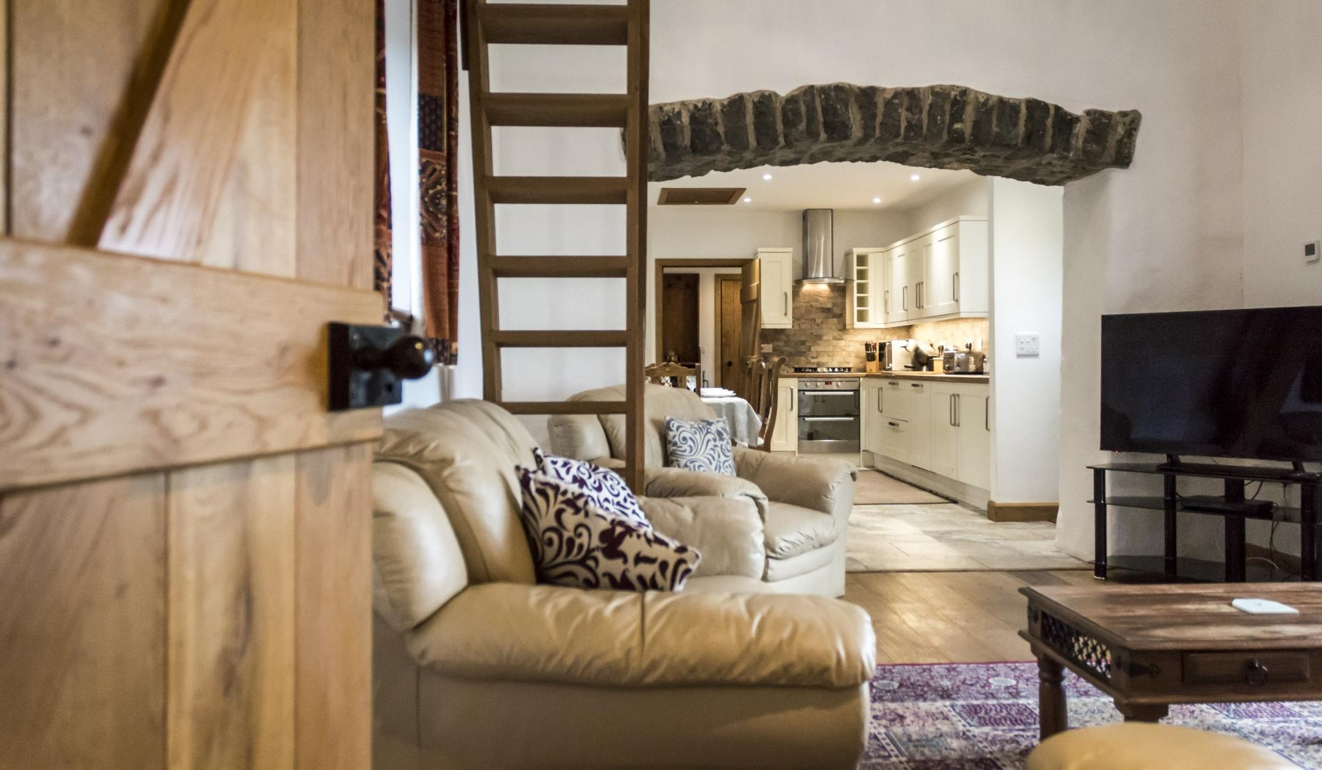 Orchard Cottage - Luxurious Barn Conversion - Beavers Hill 2