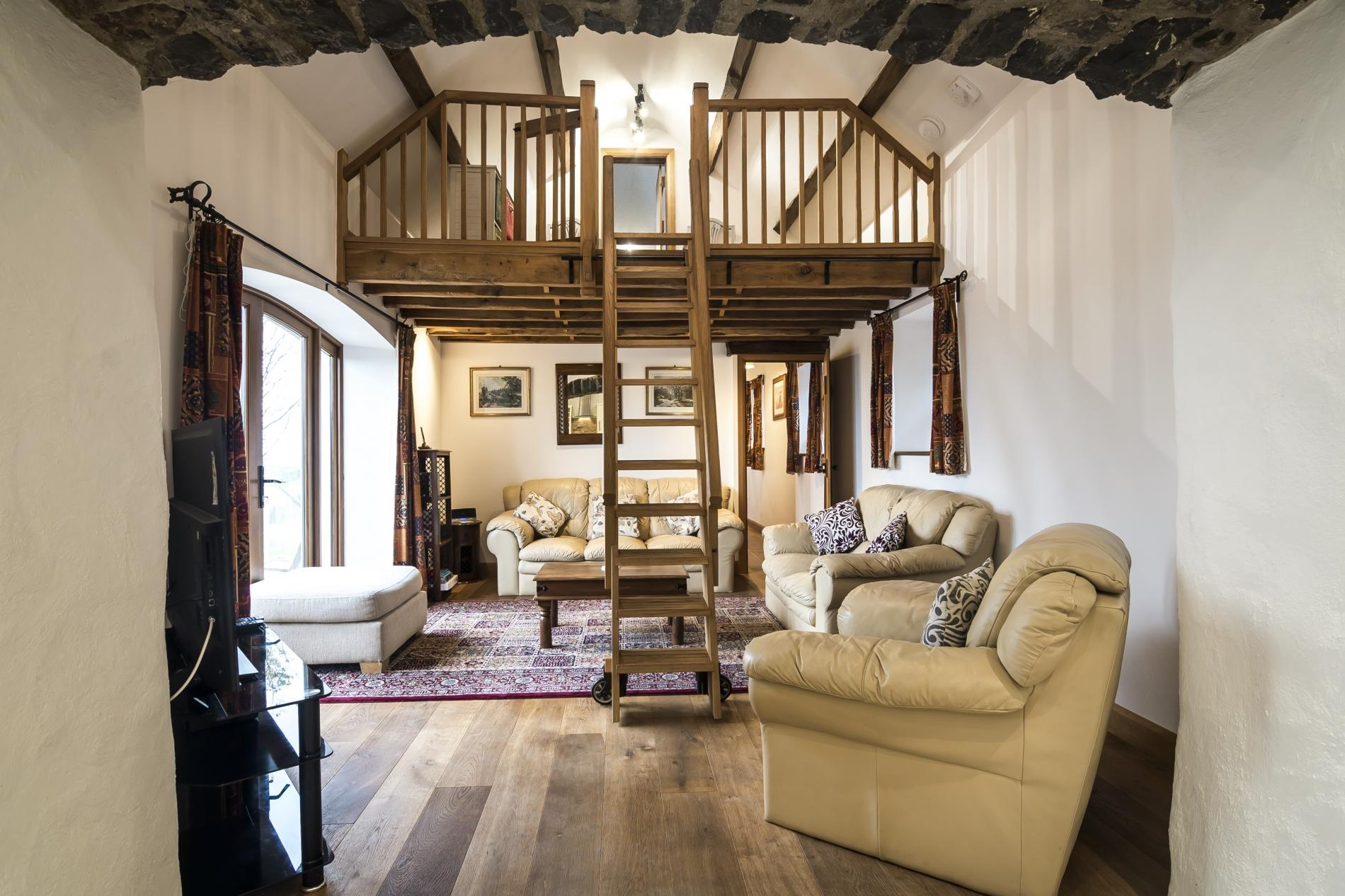 Orchard Cottage - Luxurious Barn Conversion - Beavers Hill 3