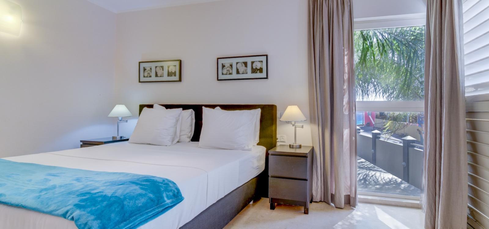 Seaside Suites