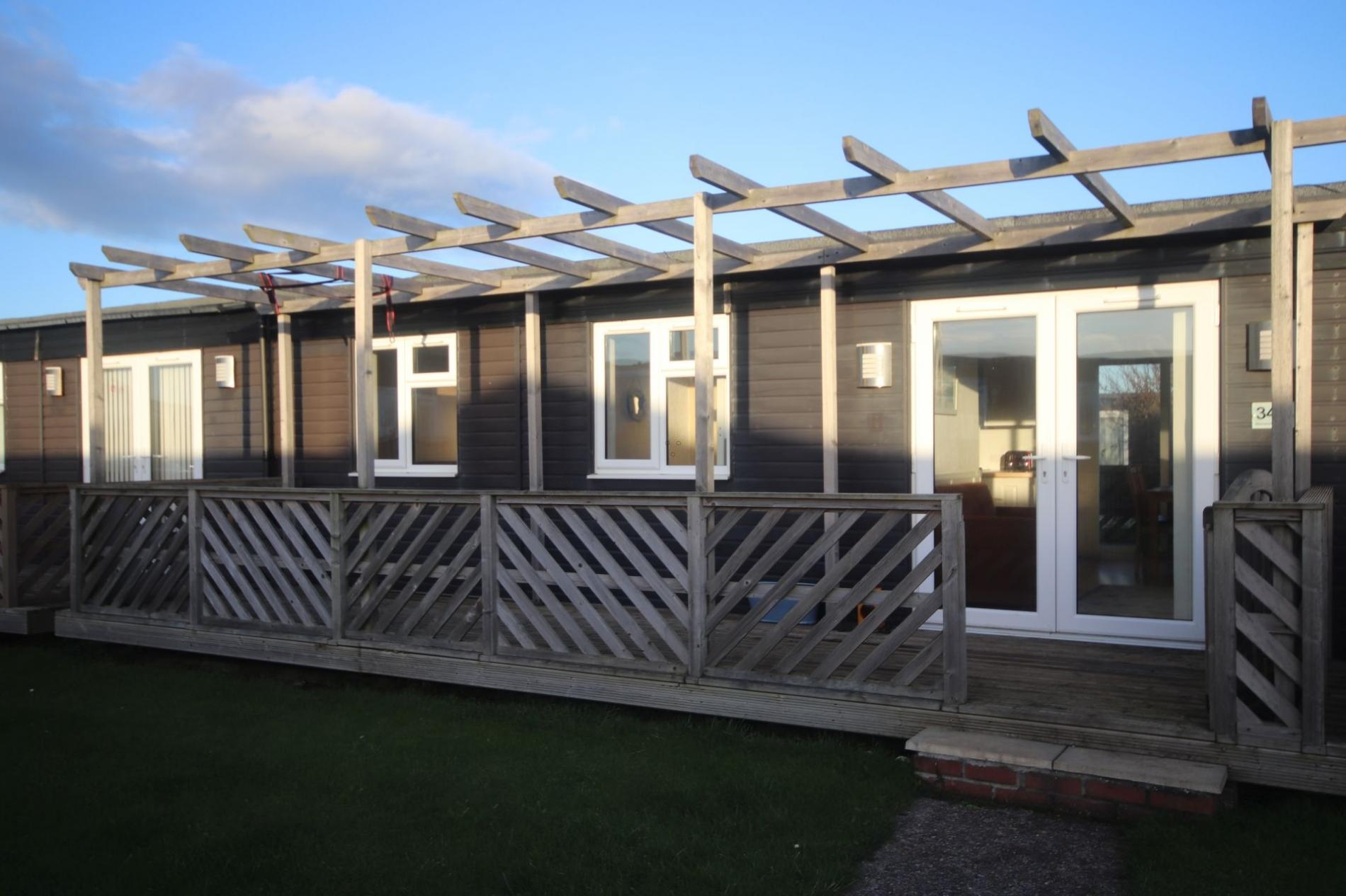 34H Medmerry Park 2 Bedroom Chalet Family Friendly